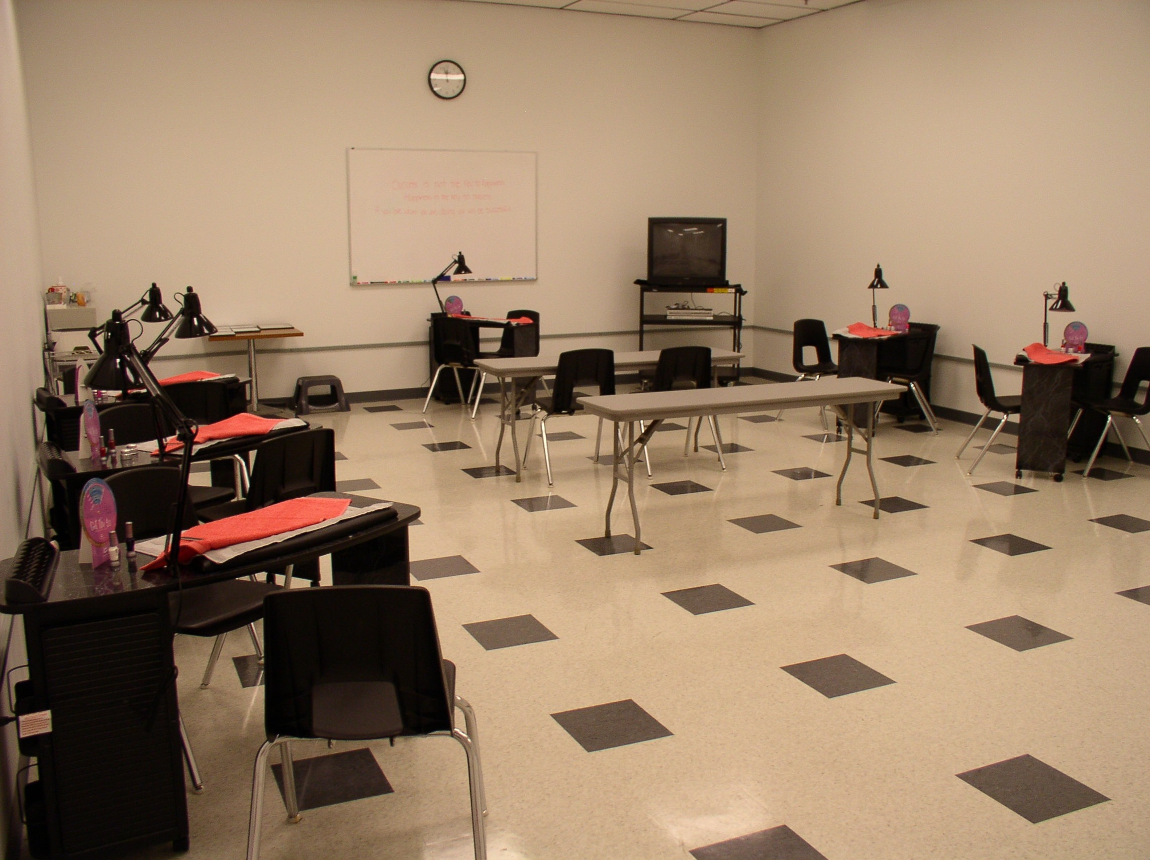Classroom Design Theory : Gallery bellus academy